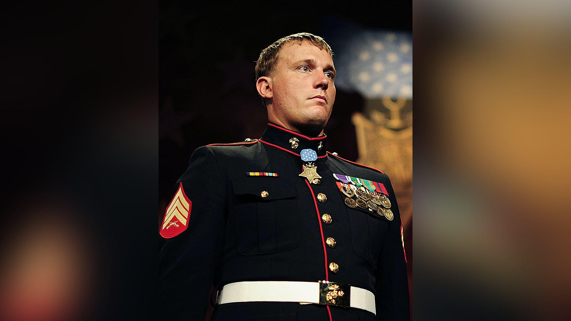 Dia dos Veteranos com medalha de honra para Dakota Meyer